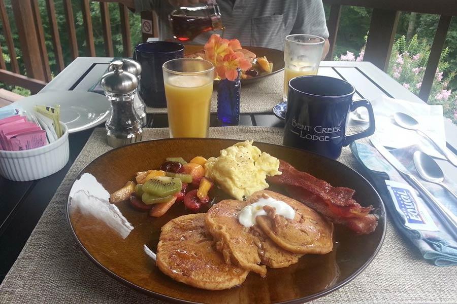 Asheville breakfast outdoors